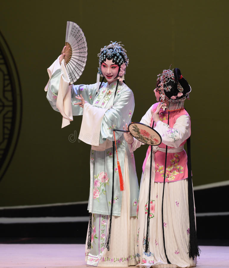 """ ocidental de Chamber†do """"the de Cui Yingying-Kunqu Opera do mestre e do empregado imagens de stock royalty free"""