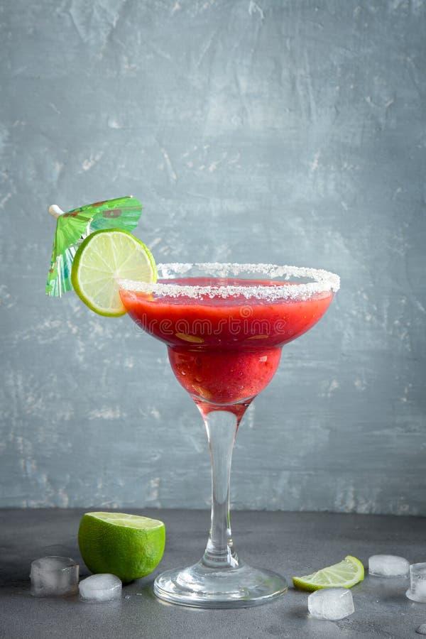 Ocktail för för jordgubbemargarita- eller Daiquiri Ð ¡ royaltyfri bild