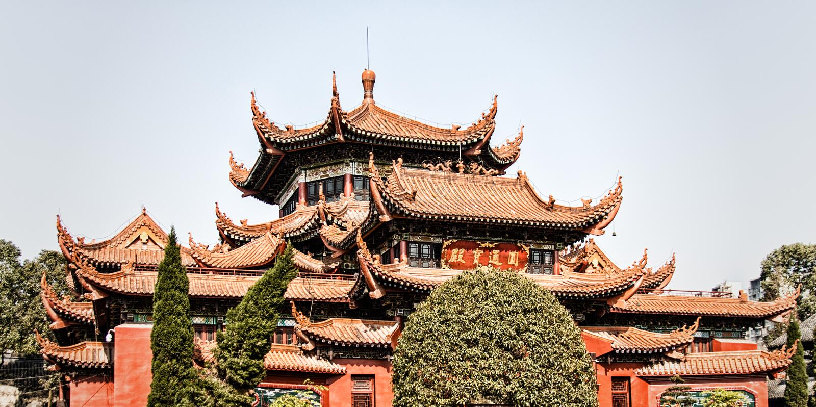 The Octagonal Pavilion. At Zhaojue Temple, Chengdu, Sichuan Province, China stock photography