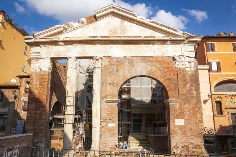 Octavia Portico di Otta古老Porticus的前面看法  免版税图库摄影