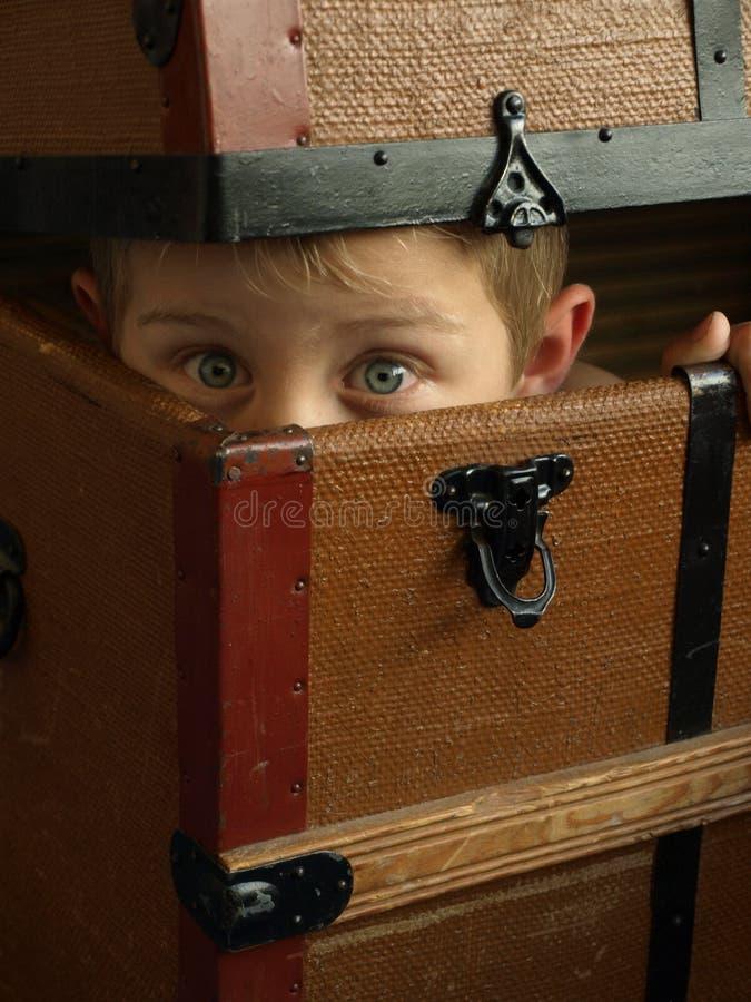 Ocultación del Peekaboo foto de archivo libre de regalías