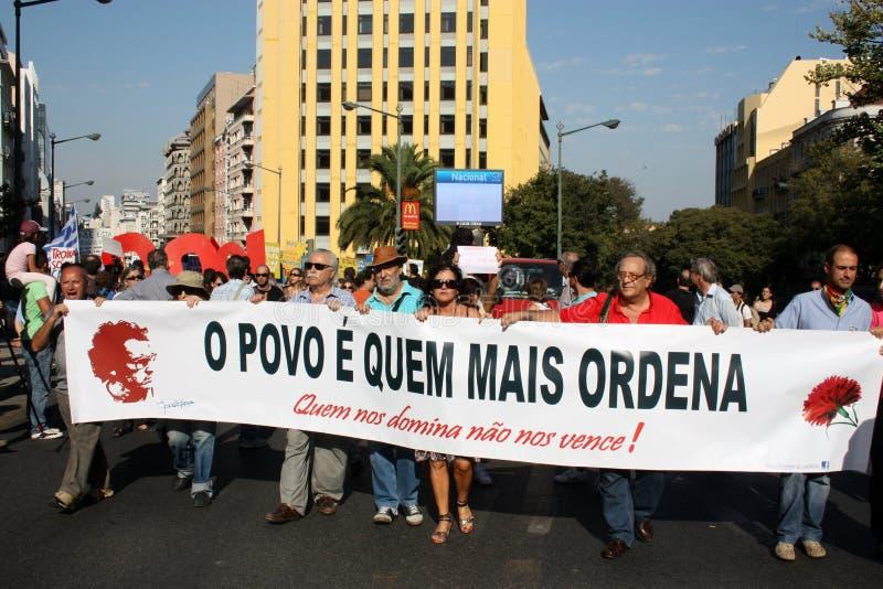 Ocupe Lisboa - protestos globais da massa 15 outubro imagem de stock