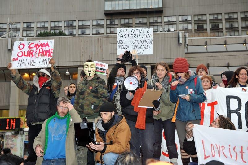 Ocupe o protesto de Toronto na cidade salão fotos de stock