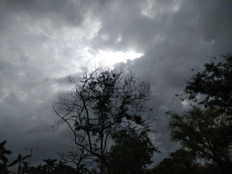 Od ciemności Do światła zdjęcie stock