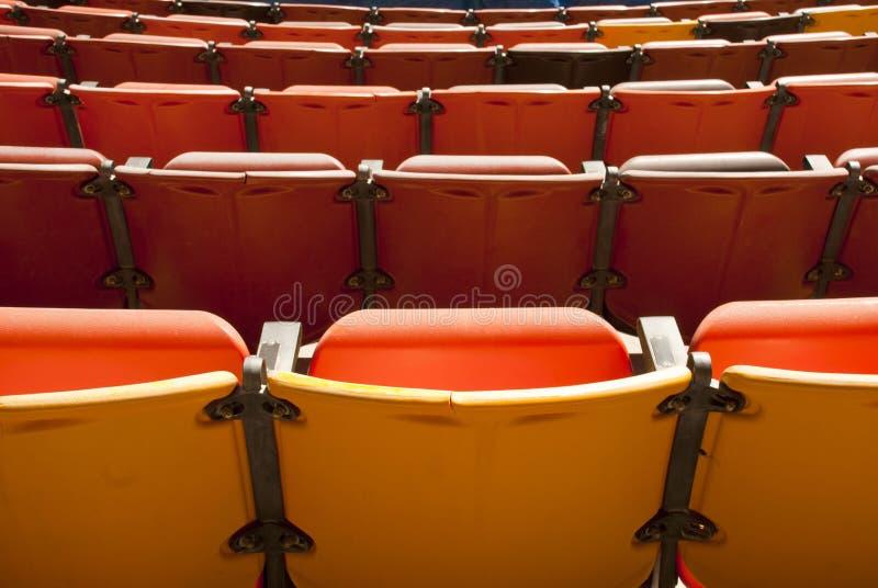 Od plecy teatru Miejsca siedzące obrazy stock