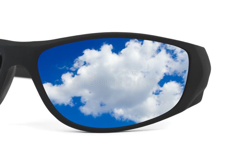 odbicia nieba okulary przeciwsłoneczne obraz stock