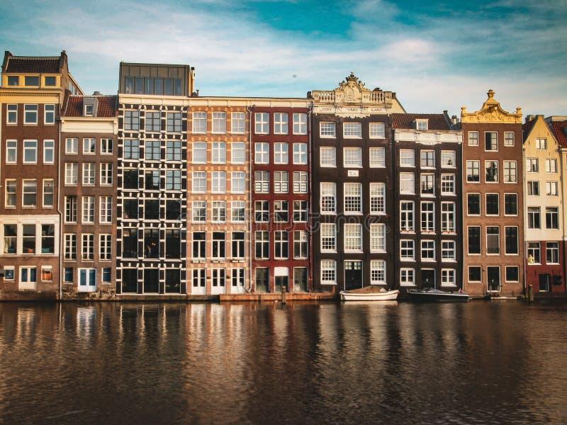 Odbicie Amsterdam domy fotografia royalty free