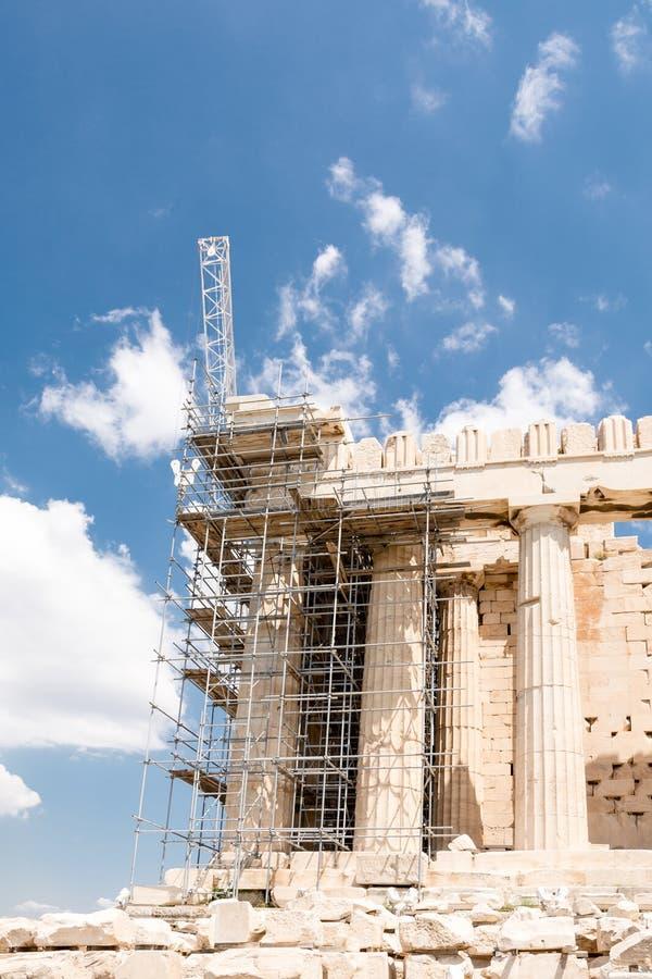 Odbudowa Parthenon z rusztowaniem w akropolu, Ateny, Grecja zdjęcie royalty free