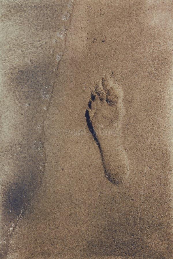 Odcisk stopy na piasku obrazy stock
