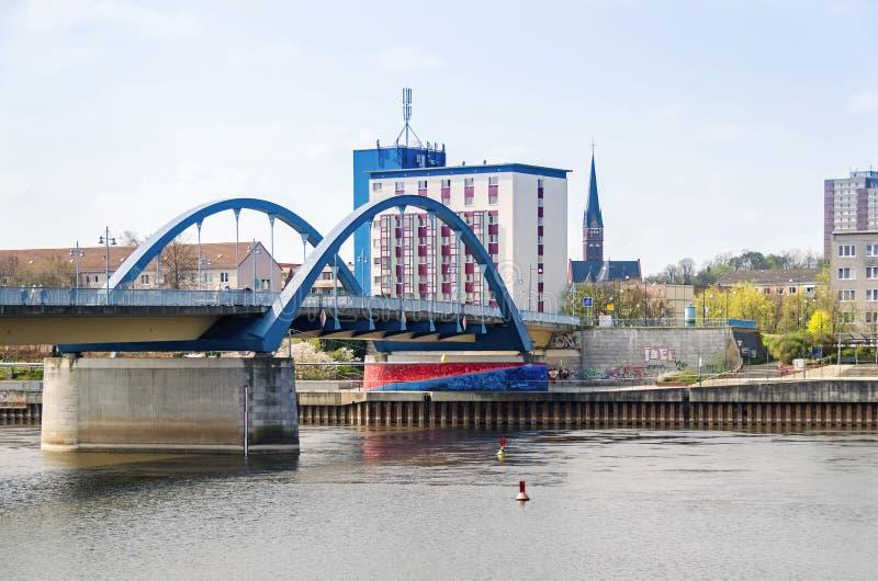 Oder most łączy Frankfurt z Slubice zdjęcie stock