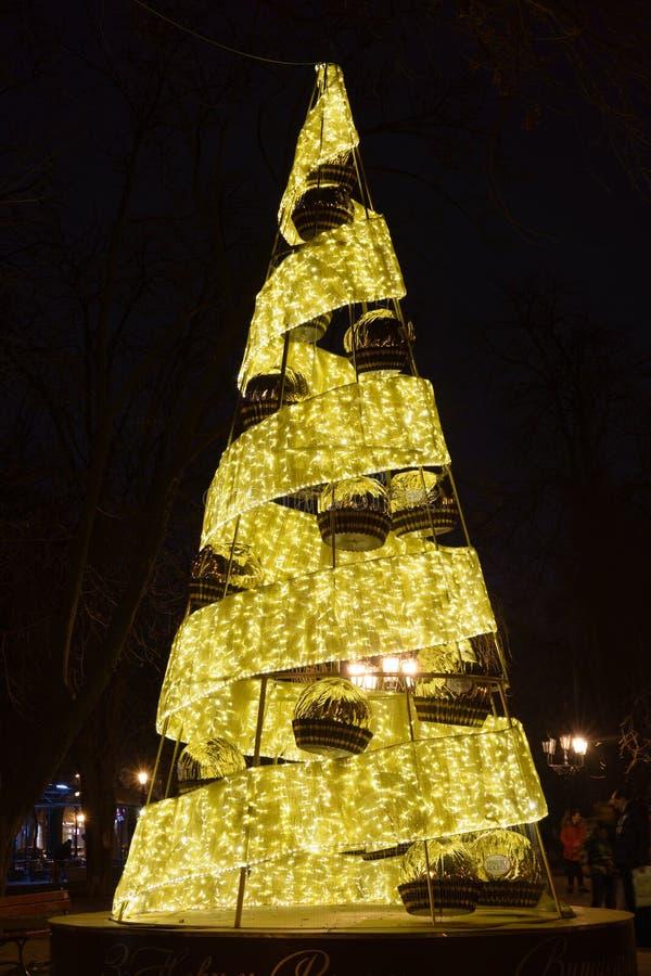 Odesa Ukraina - Januari, 7, 2018: Dekor för jul och för nytt år arkivfoton