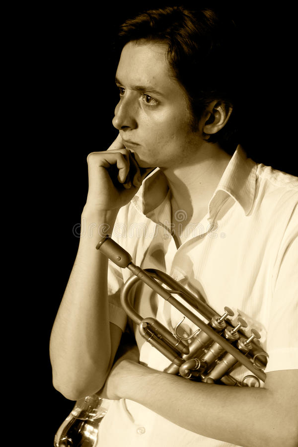ODESSA, DE OEKRAÏNE - JUNI 5: trompetter Dominic Fuss ( royalty-vrije stock foto