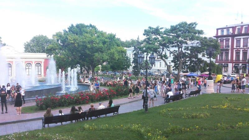Odessa, de Oekra?ne Een blik aan één of ander hoofdvierkant, park, stadstuin royalty-vrije stock foto