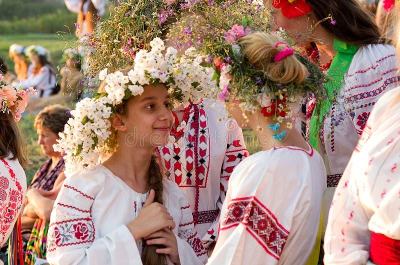 Odessa-Region, Dorf Vizirka, Ukraine - 6. Juli 2013: Feiertag Ivana Kupala Night stockfotografie