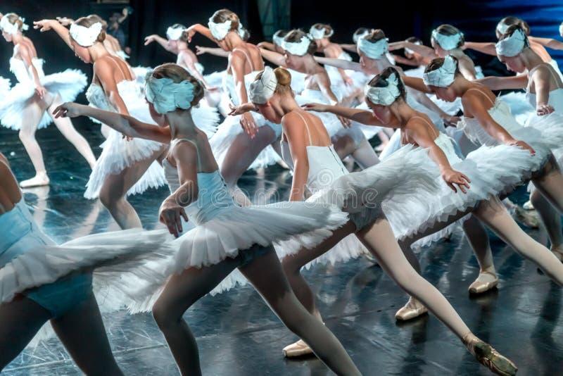 ODESSA, UCRAINA - 17 LUGLIO 2019: Balletto Balletto classico sulla fase di Odessa Opera Theater Ballo dei ballerini di balletto i immagine stock