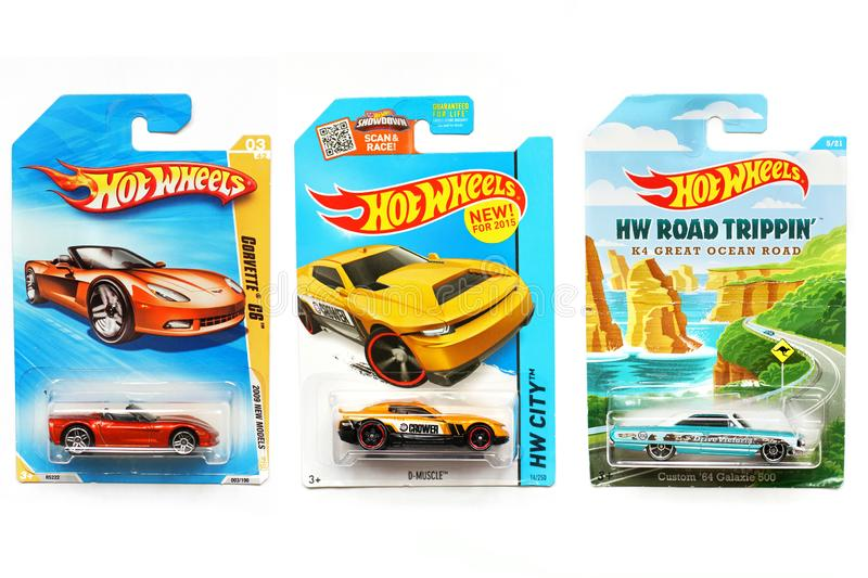 Odessa, Ukraine - novembre 2017 : Hot Wheels Jouets d'enfants machines Jouets sur un fond blanc photo libre de droits