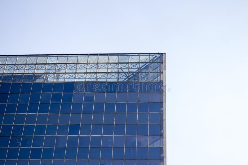 Odgórna część szklanego okno ściana budynek biurowy obrazy stock