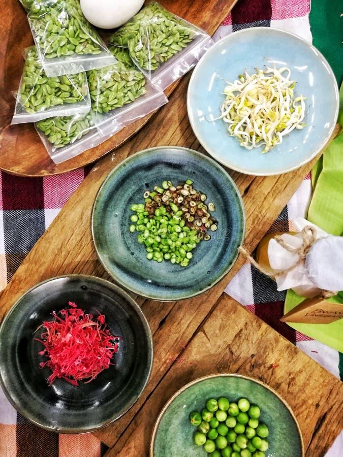 Odgórnego widoku miejscowego jedzenie obrazy royalty free