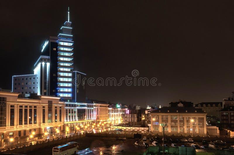 Odgórny noc widok centrum Kazan Hotelowy Kazan, Tatarstan zdjęcie royalty free