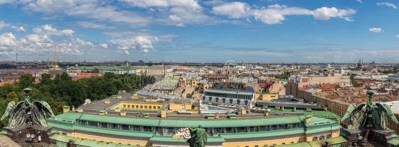 Odgórny widok święty Petersburg od Isaac katedry w lecie Rosja zdjęcia royalty free