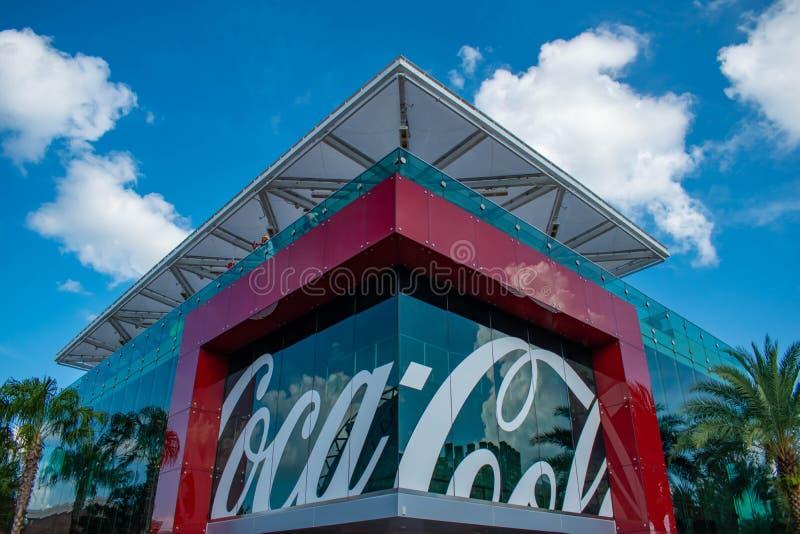 Odgórny widok koka-kola sklep w Disney Skacze przy Jeziornym Buena Vista 74 fotografia stock