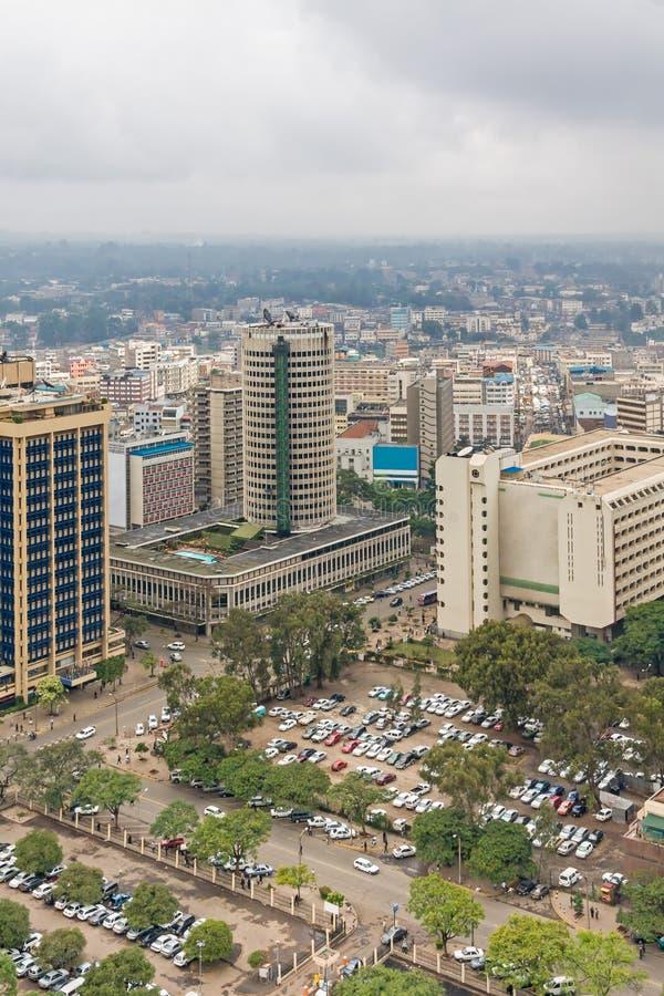 Odgórny widok na środkowej dzielnicie biznesu Nairobia od Kenyatta konferenci międzynarodowa Centre lądowiska obraz royalty free