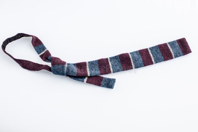 Odgórny widok odwiązany cravat krawat odizolowywający na bielu zdjęcie royalty free