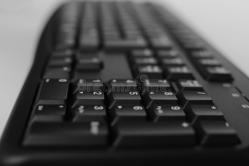 Odgórny widok Pełnych rozmiarów komputer stacjonarny klawiatura odizolowywająca na białym tle z ścinek ścieżką inside fotografia stock