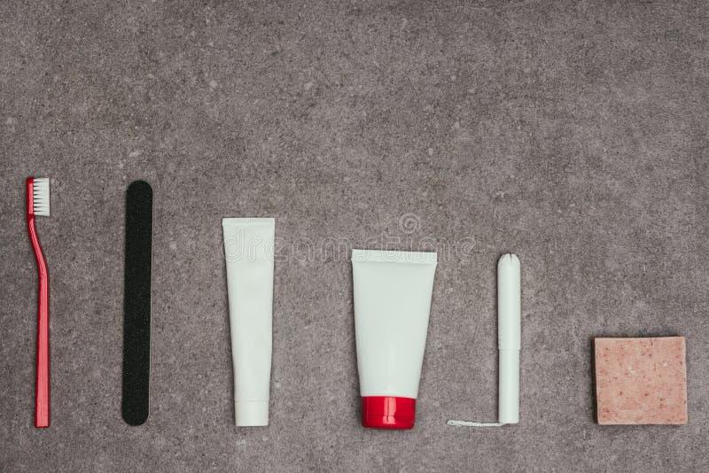 Odgórny widok przygotowania kobiece higien dostawy obrazy stock