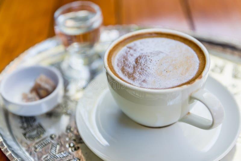Odgórny widok tradycyjna sławna Turecka kawa wymieniająca jako Menengic kawa fotografia stock