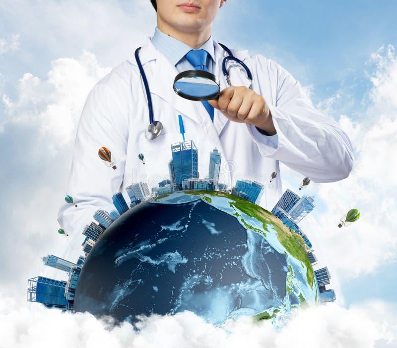 Odkrywać nowych podejścia w medycynie fotografia stock