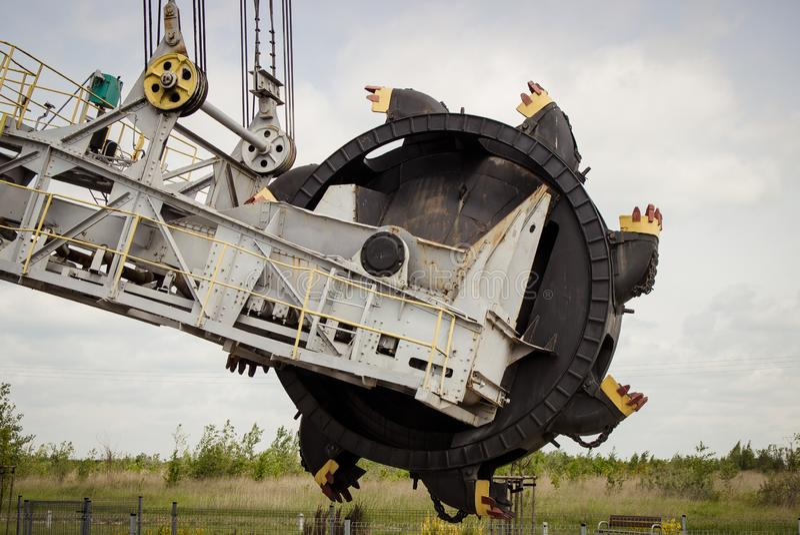 Odkrywkowa brown kopalnia w?gla Ekskawator SchRs-315 Ekstraktowy przemys? fotografia stock