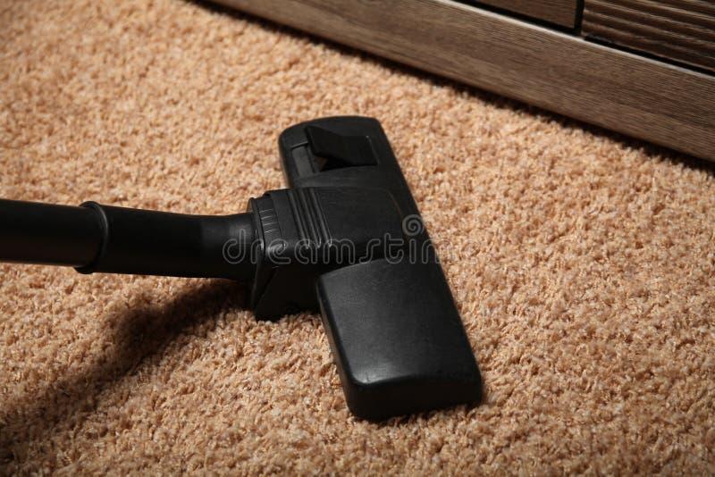Odkurza w pokoju, pr??niowy czysty na pod?odze obrazy royalty free