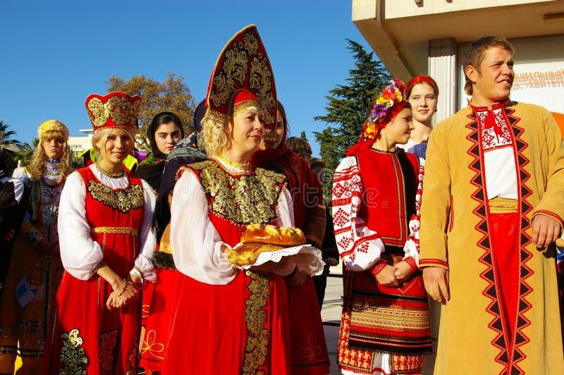 odlar den etniska festivalen russia sochi arkivbild