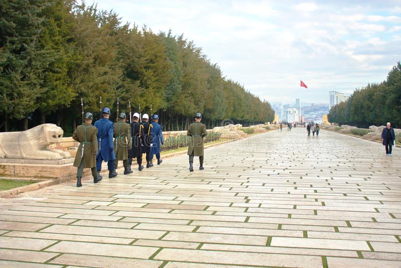 Odmienianie strażnik w Ataturk mauzoleumu Anitkabir Ankara, Turcja zdjęcie stock