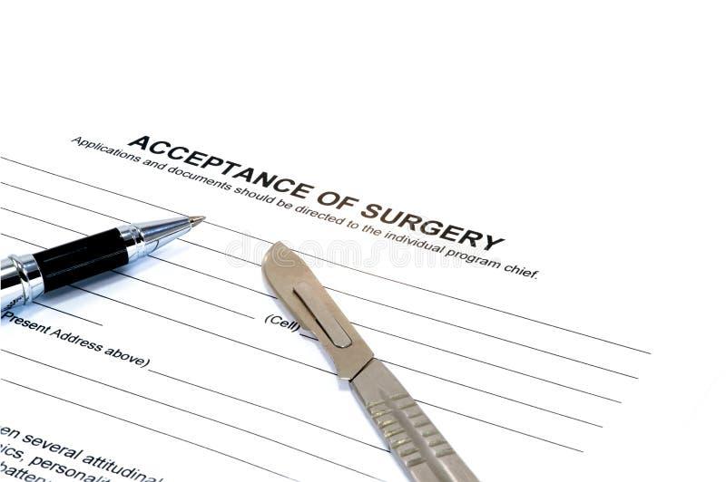 Odosobniona akceptacja operaci forma z skalpelem a zdjęcia royalty free