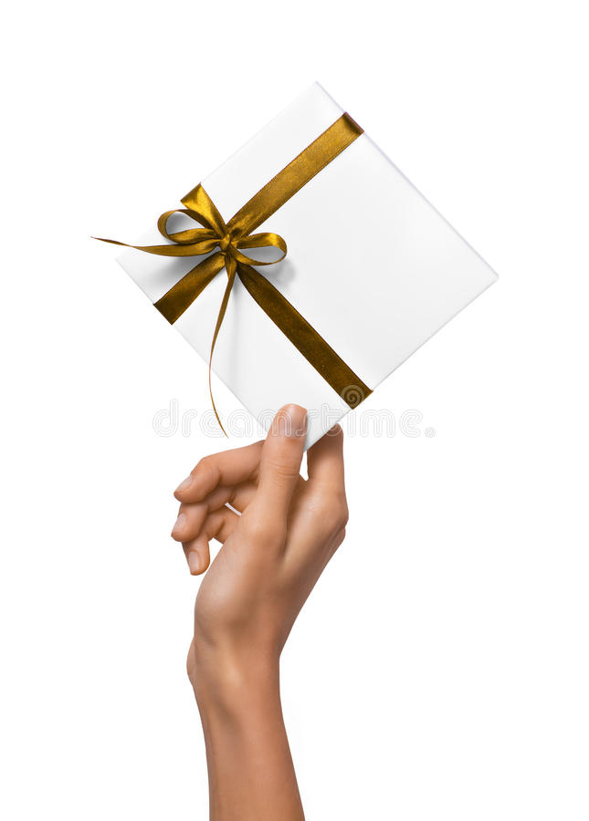 Odosobnione kobiet ręki trzyma wakacje Teraźniejszego Białego pudełko z Żółtym faborkiem na Białym tle obrazy royalty free