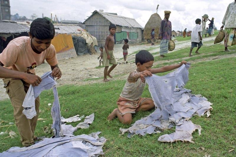 Odpady od garbarni źródła dochodu dla biednych ludzi zdjęcie royalty free