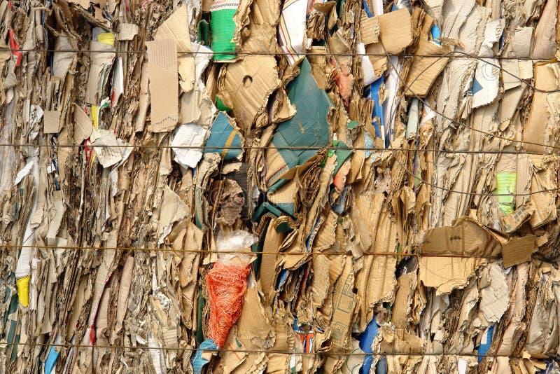 odpady papieru ściśnięty zdjęcia stock