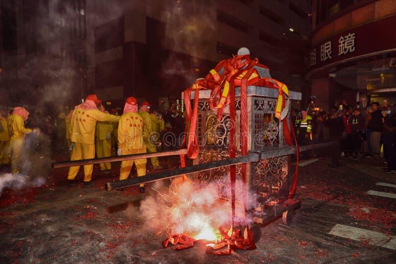 Odparowany faszerujący bunsTaipei Tajwan, Luty, - 19,2019: Ludzie modlą się na dobre szczęście w całym roku wyruszać petar zdjęcie stock