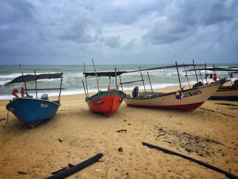 Odpoczynkowy łódkowaty monsunu sezon fotografia royalty free