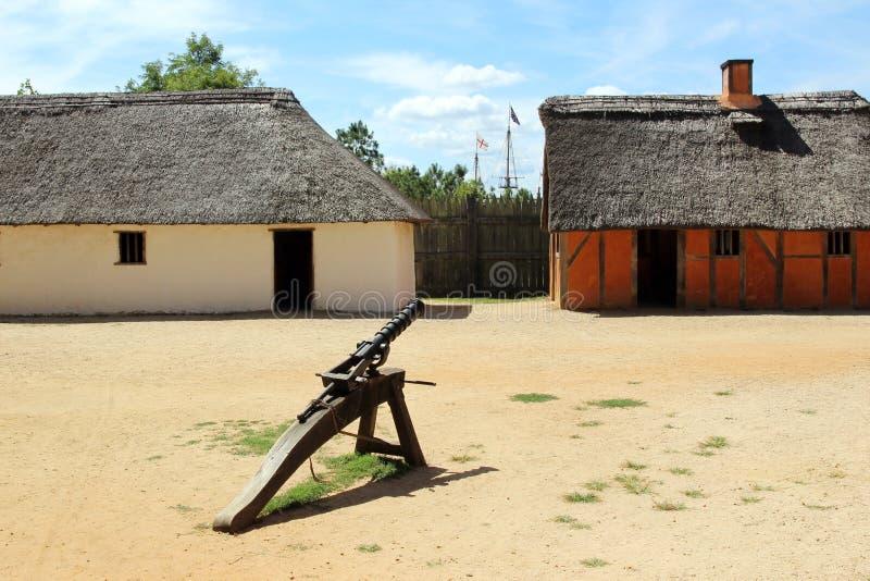 Odtwarzający wnętrze James fort przy Jamestown ugodą, obrazy royalty free