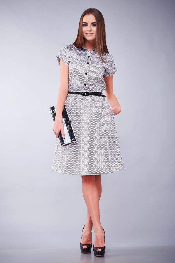 Odziewa przypadkową i biurową biznesowej kobiety stylu suknię zdjęcie royalty free