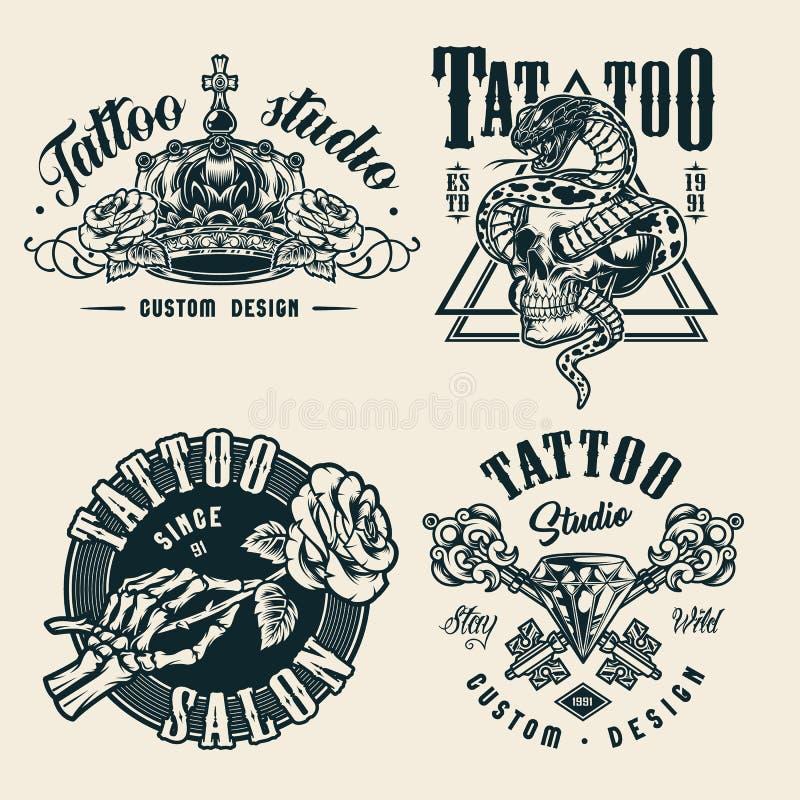 Odznaki jednobarwne ze studia tatuażu w wintage tatuaż ilustracja wektor