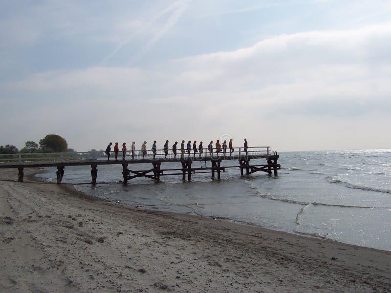 Oefening bij het strand stock foto
