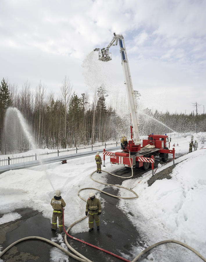 Oefeningen voor brandbestrijders royalty-vrije stock afbeelding