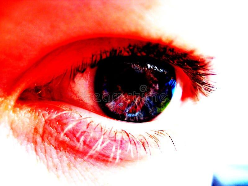 Oeil rouge photos libres de droits