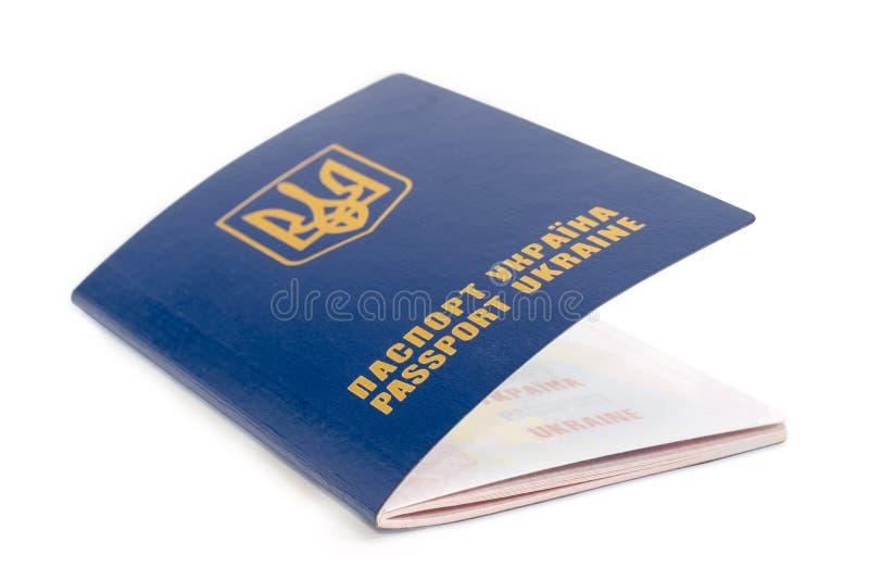 Oekraïens paspoort op een witte close-up als achtergrond royalty-vrije stock fotografie