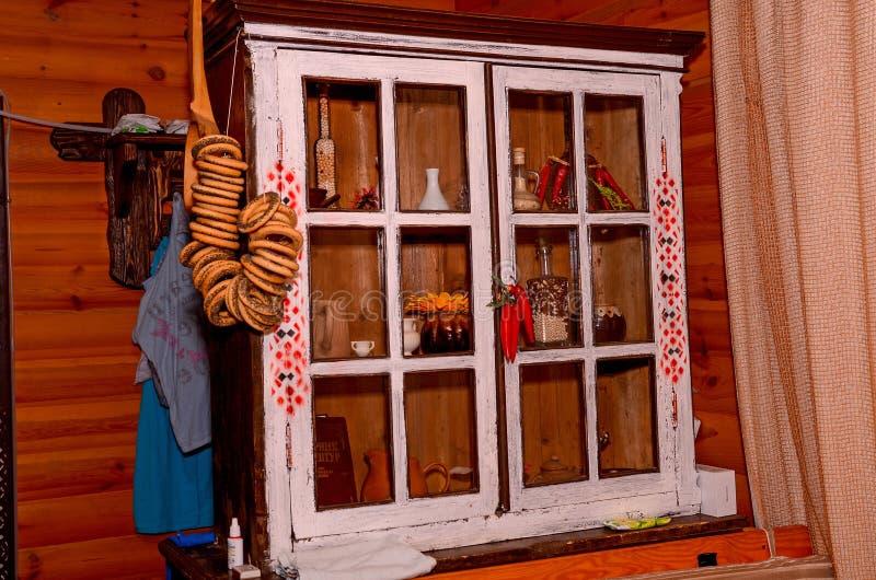 Oekraïense keukenkast stock foto