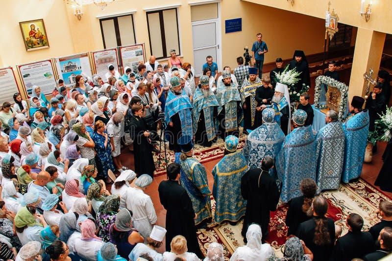 Oekraïense orthodoxe priesters stock foto's